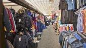 Торговцев импортным ширпотребом вынудили идти на поклон к таможне