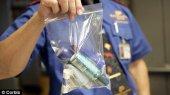 Запрет на провоз жидкостей в самолете продлили на 2013 год
