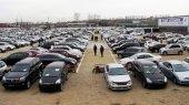Продажи автомобилей в России обеспокоили участников рынка