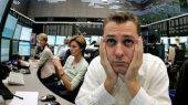 Итоги биржевых торгов: акции подешевели, но спроса не было