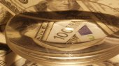 Доллар оказался на отметке 8,19, а евро — на 10,95 — межбанк