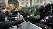 Итоги 2013 года: политика деградирует, экономика стагнирует, общество бунтует