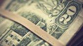 НБУ готов проводить интервенции для стабилизации курса гривни — банкир