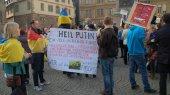 В мире митингуют против агрессии России в Крыму (обновлено)