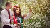 Каждый шестой украинец носит национальную символику — соцопрос