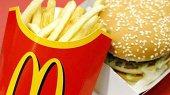Продажи McDonald's в августе снизились на 3,7%