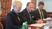 Глава НБУ собирает в понедельник руководителей 40 банков для обсуждения ситуации