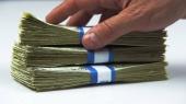 Гривня окрепла на 20 копеек, а кредиты стали дешеветь