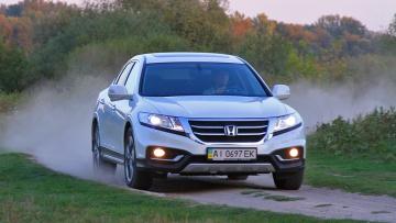 Тест-драйв Honda Crosstour: Изменения внутри | Тест-драйвы | Дело