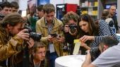 Рубль заколебал Apple: в РФ остановлены продажи iPhone