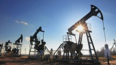 Цены на нефть снова упали ниже $50