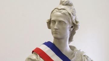 The Guardian: правые и ультраправые меняют политический ландшафт Франции на местных выборах