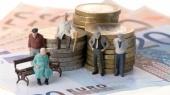"""Банку """"Финансы и кредит"""" разрешили выплачивать пенсии до сентября"""