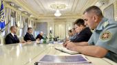 Порошенко заговорил об усилении обороны на случай эскалации конфликта на Донбассе