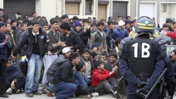 Еврокомиссия намерена созвать внеочередное заседание Совета ЕС по миграционной проблеме | Политика | Дело