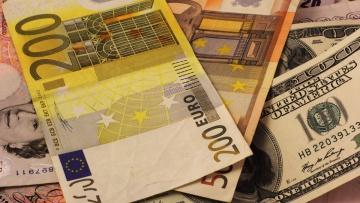 В сентябре физлица продали валюты на $166,9 млн больше, чем купили | Валюта | Дело