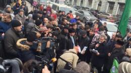 Протестующие дальнобойщики пикетируют администрацию Путина в Москве | Политика | Дело