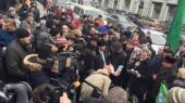 Протестующие дальнобойщики пикетируют администрацию Путина в Москве