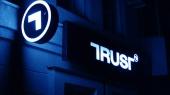 "Компания бизнесмена Авраменко купила 42,5% банка ""Траст"""