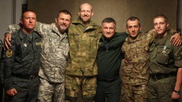 Аваков: Возможно Порошенко и воспринимает добробаты как угрозу, но это ошибочные опасения | Политика | Дело