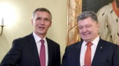 Порошенко обсудил с генсеком НАТО войну с Россией