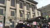 Госдеп США заступается за российское посольство в Украине