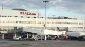Польша сняла ограничения на полеты из Украины