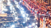 """""""Киевавтодор"""" из-за ремонта перекроет три улицы на 9 мая"""