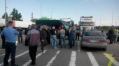 Сто фур заблокировали трассу Одесса — Киев