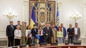 Чужой среди своих: Надежда Савченко в Администрации президента
