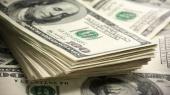 Гривня продолжает укрепляться на межбанке, НБУ готов купить до $50 млн